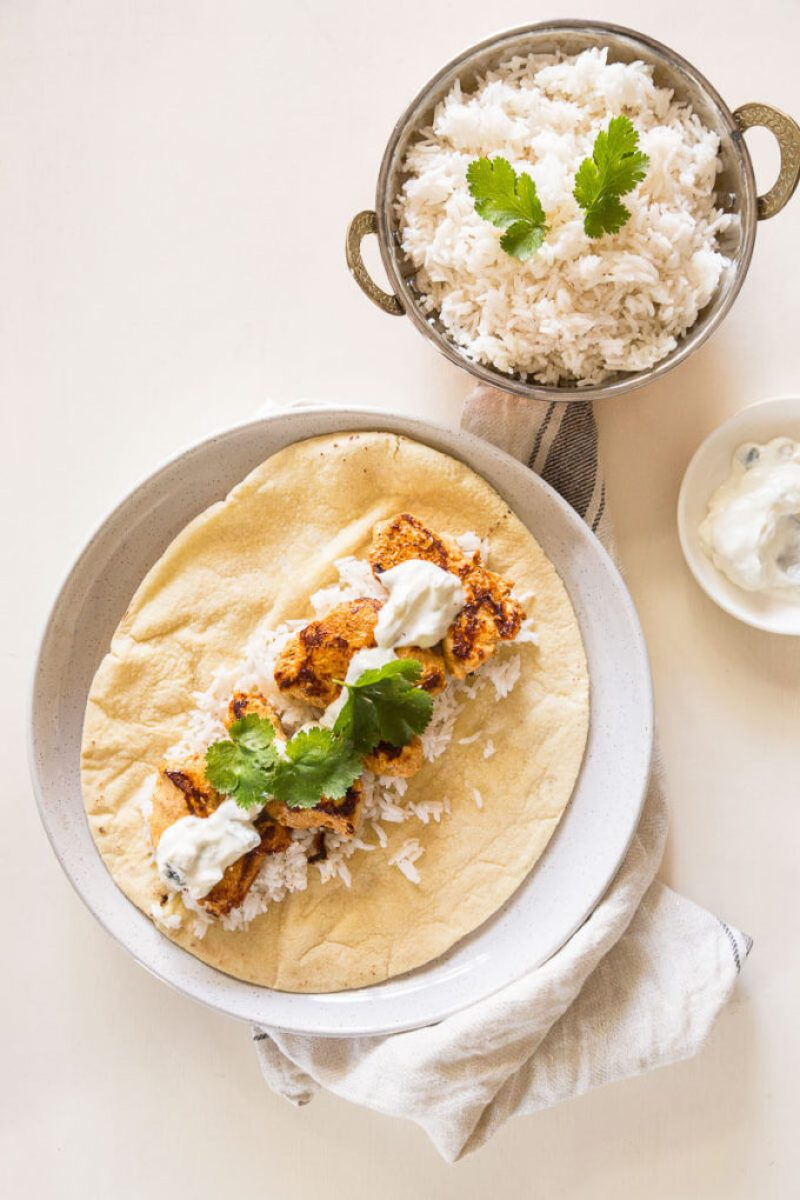 Tandoori Chicken Wraps - Create a quick and easy Indian meal on the go! Perfect for lunches and those craving succulent tandoori chicken!