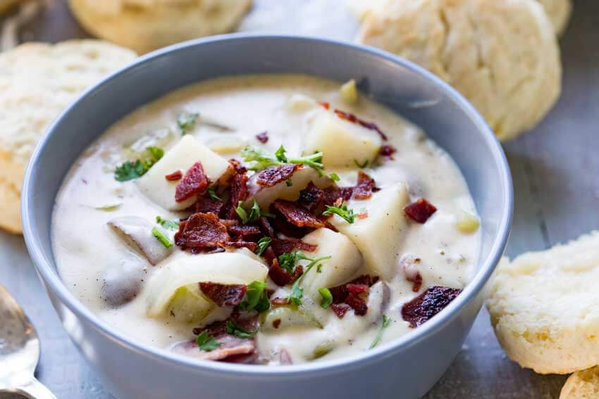 Cheddar-bacon-potato-soup-horizontal