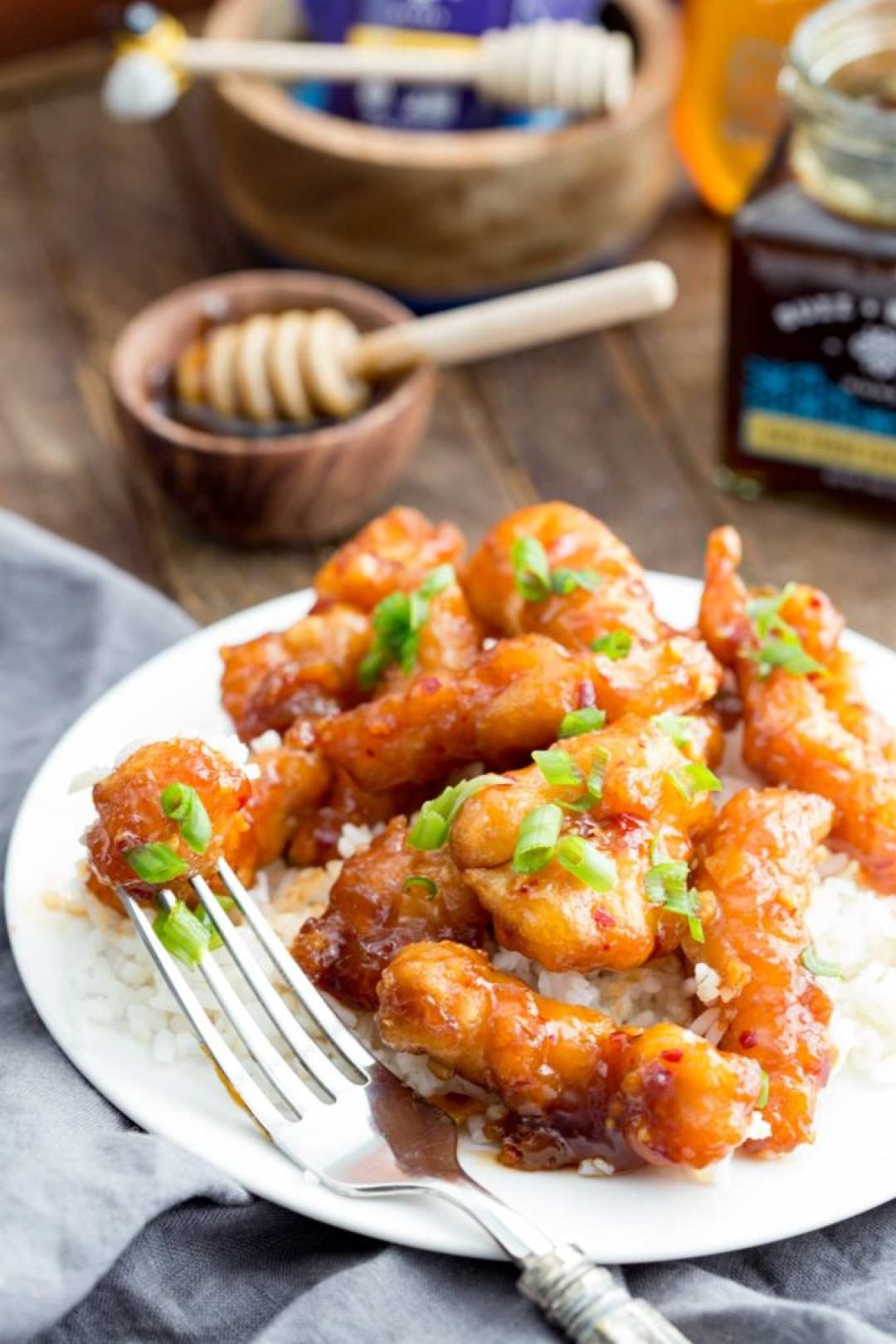 Sticky honey garlic chicken is the perfect meal solution