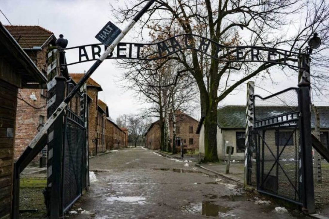 Work will set you free, Auschwitz concentration camp holocaust