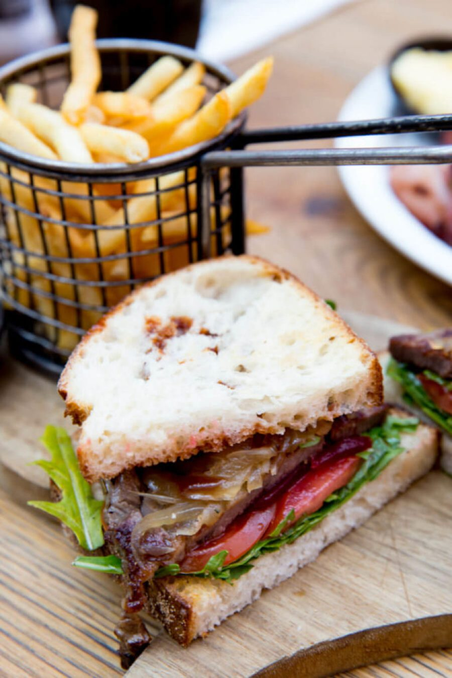 Dining guide to Sydney, The missing piece, macquaire park