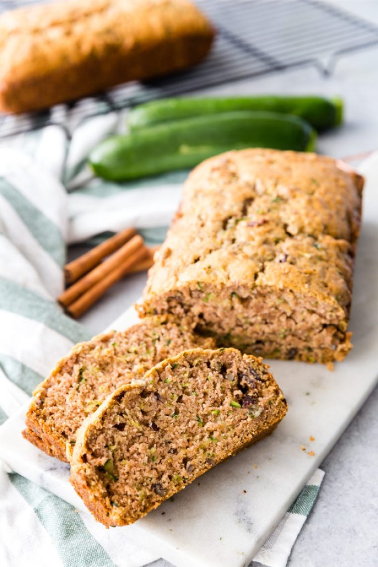 Delicious and easy to make zucchini bread
