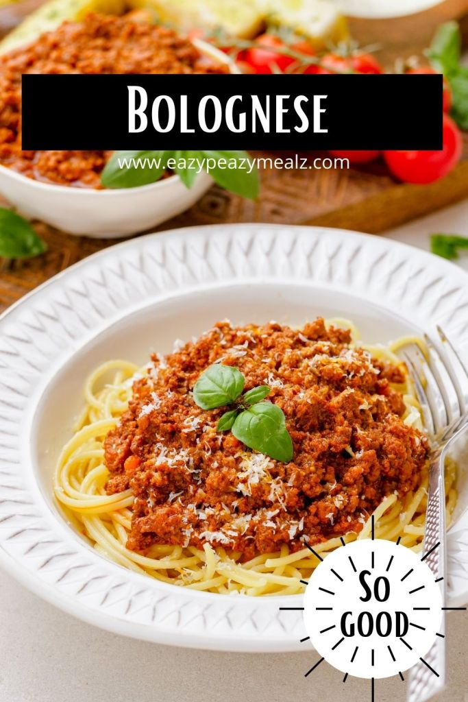 Slow Cooker Bolognese sauce that is rich, meaty, hearty, and so good.