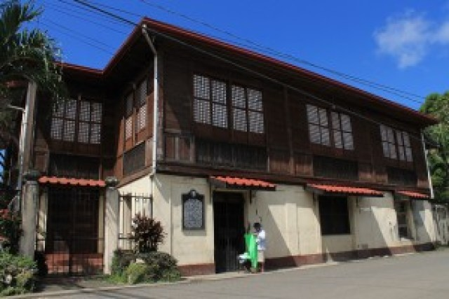 Roxas Shrine