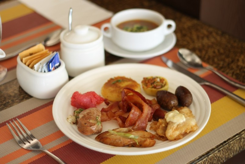 best breakfast buffet in boracay