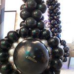 שער בלונים בצורת אוזניות - שחור