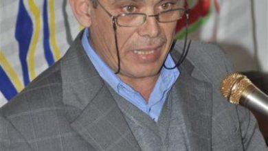 صورة ثانوية برجا تكرم الأستاذ خالد الشمعة