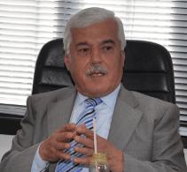 صورة رئيس بلدية برجا الشوف : باقٍ باقٍ باقٍ !!!