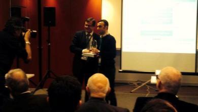 صورة الدكتور نور الدين حوحو في المرتبة الثالثة لأفضل دكتوراه في فرنسا