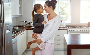 Celebrate National Pajama Day (& Mom) With 15% off OR Free Shipping at BedHead Pajamas