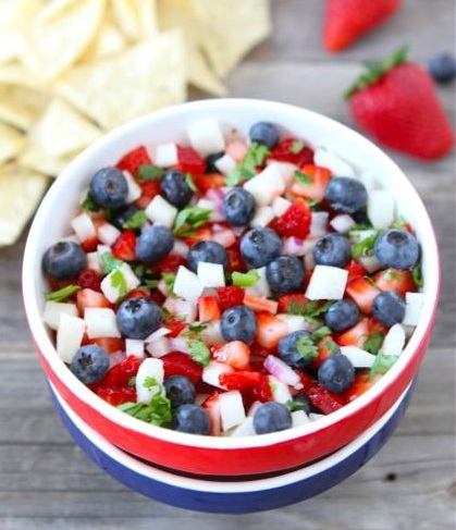 blueberry-strawberry-jicama-salsa3