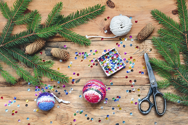 DIY Christmas ornaments decorations