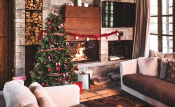 Holiday Decorations to Liven Your Living Room