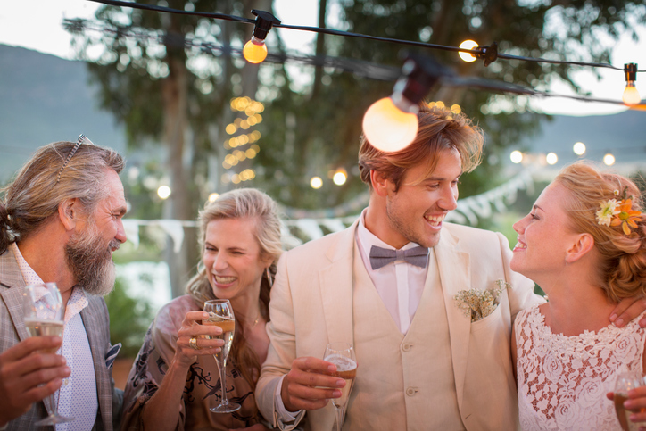 Cute Alternatives to the Standard Wedding Cocktail Hour 1