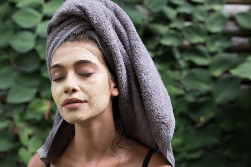 6 Natural Remedies to Give You Glowing Skin