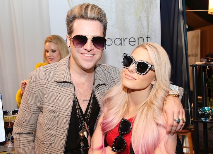 US RnB singer Ryan Cabrera reportedly engaged with  WWE wrestler Alexa Bliss