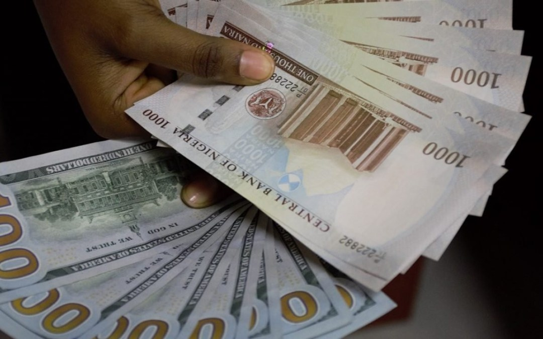 Naira crashes in value, now exchanging at N420 to a dollar