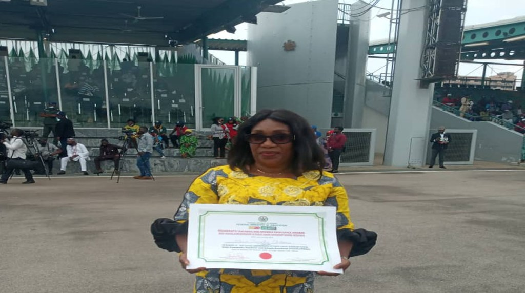 Chioma Ebue from Enugu State Wins Second Best Teacher for JSS in Nigeria