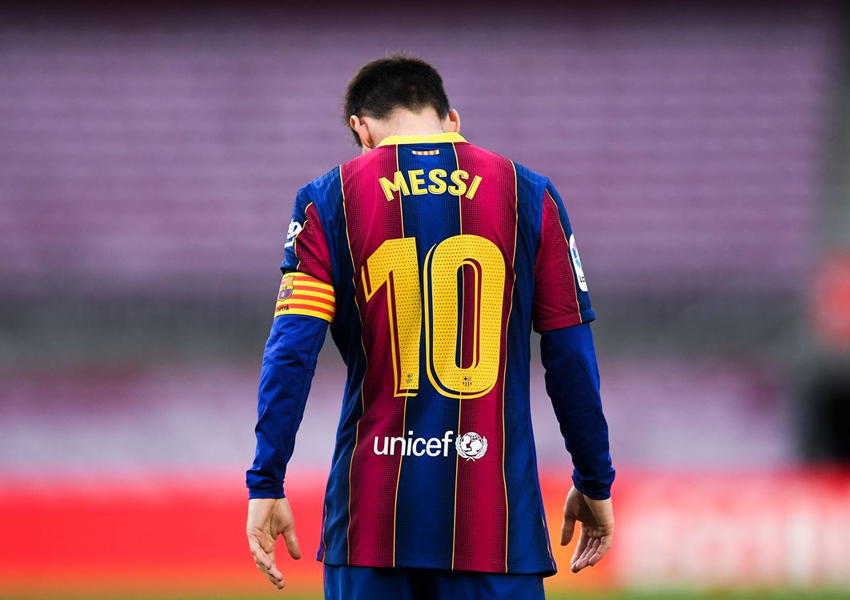 Lionel Messi is astonished by Barcelona sudden departure announcement