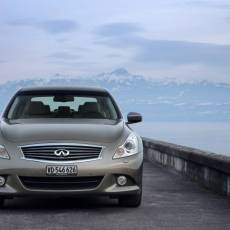 Infiniti G Series Saloon Review, Pictures, Prices and Specifications