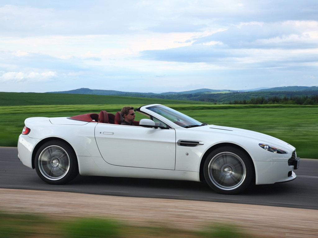 aston martin vantage roadster review ebest cars. Black Bedroom Furniture Sets. Home Design Ideas