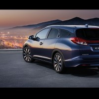 Honda Civic Tourer 2015 Review