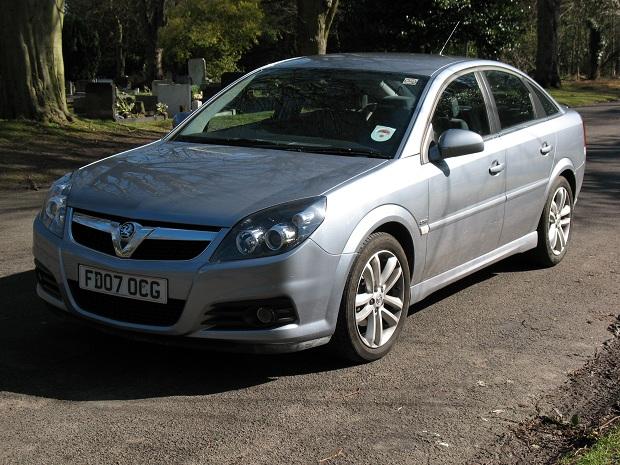 Vauxhall-Vectra-hatchback