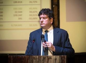 """AVIRA presentó a los ganadores del 2do Concurso de Creatividad """"Generando Conciencia Aseguradora"""""""