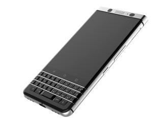 Llega el primer BlackBerry con teclado