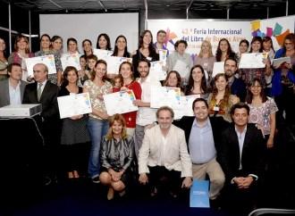Se entregaron los premios VIVALECTURA 2017