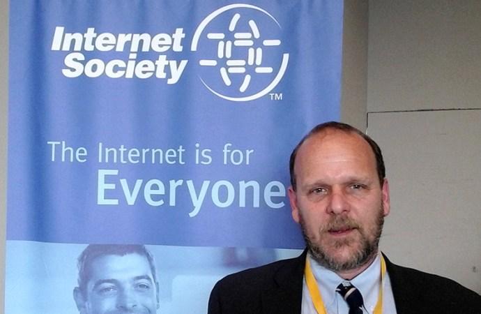 Ante amenazas cibernéticas globales debemos mantener la confianza en internet
