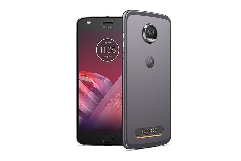 5d0391fac48 Motorola lanzó en Argentina el Moto Z2 Play y los nuevos Moto Mods ...
