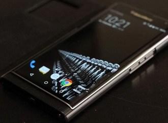 El smartphone pierde terreno ante los asistentes digitales de voz