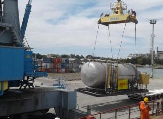 DHL trasladó planta de tratamiento de gas