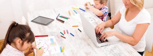 Poca igualdad en el trabajo hogareño, boom de divorcios y nacimientos, y el desafío de ser productivos laboralmente con los chicos en casa