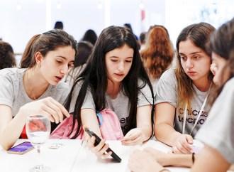 ¿Cómo usan su celular las mujeres argentinas?