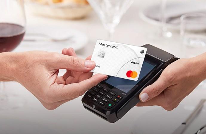 Mastercard lanza tarjetas de débito con protección de compras y beneficios en Argentina