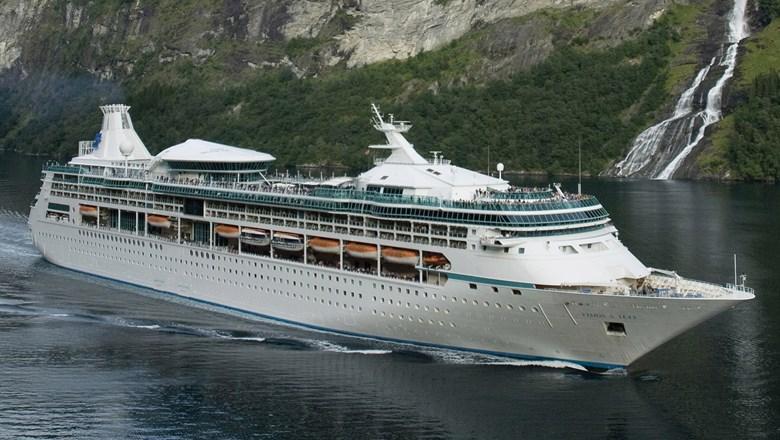 EBlue_econom-Royal Caribbean will sail from Bermuda this summer