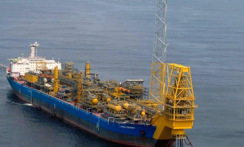 eBlue_economy_tugs_owing_offshore