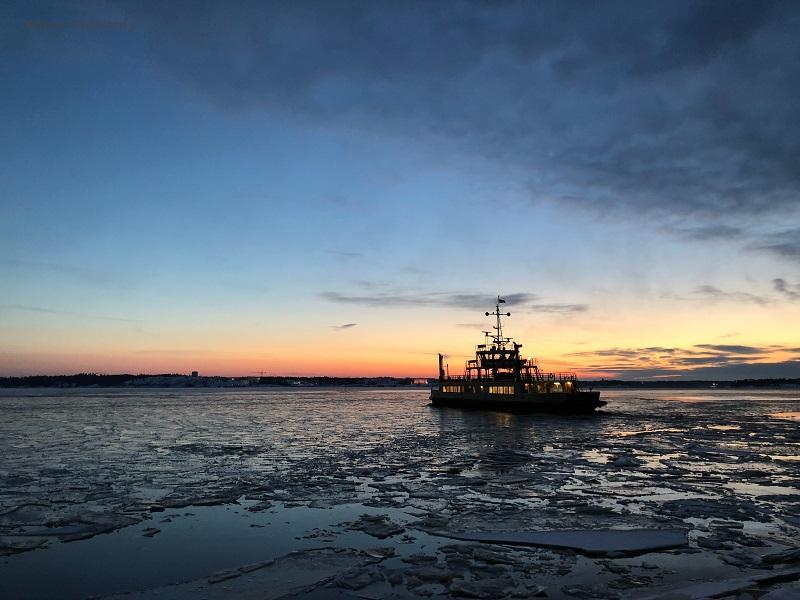 eBlue_economy_Bureau Veritas classifies CWind's hybrid-powered surface effect ship