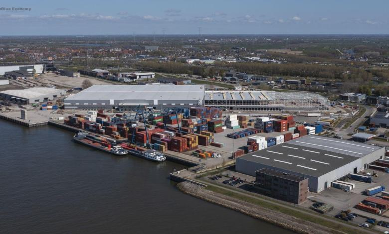 eBlue_economy_Japanese company Kubota chooses port of Rotterdam for Northern European distribution