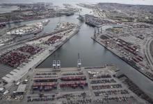 eBlue_economy_Port of Los Angeles reduces net air pollution during pandemic year