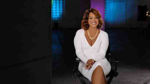 LisaRaye McCoy Keeps It Real on