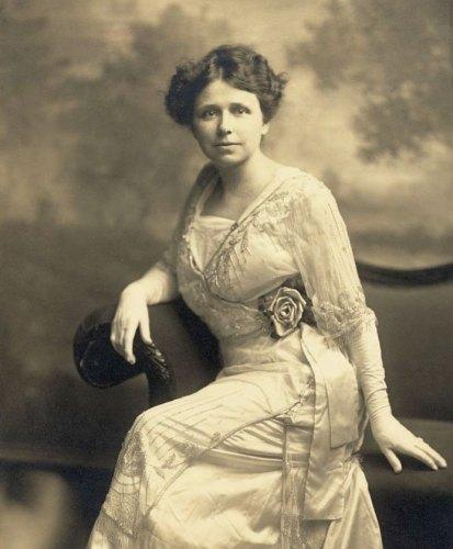 Hattie Caraway in 1914
