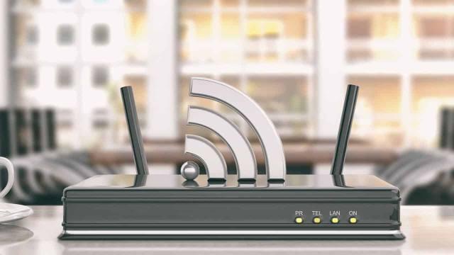 iMacのネット回線を無線LANから有線LANにして早く安定した