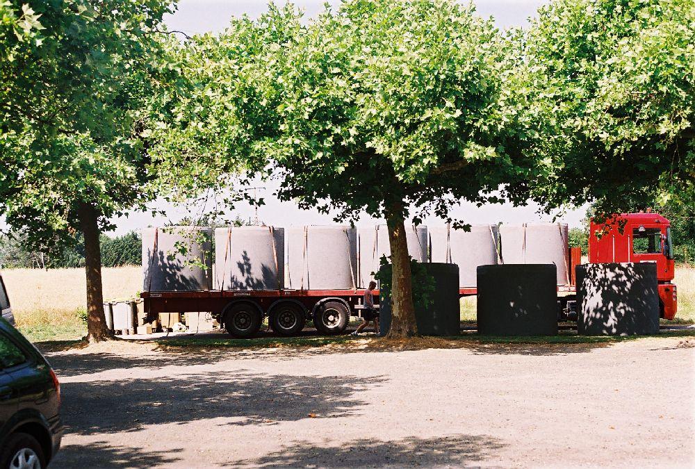 Transport cuves béton. Copyright éc'eau-logis