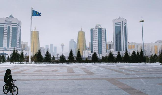 Nazarbayev at the turning point in history