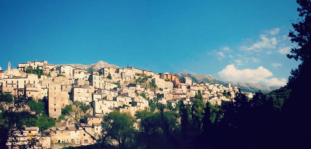 Per le vie del borgo: Pettorano sul Gizio (AQ)