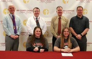 ECC senior to play softball at La Roche College