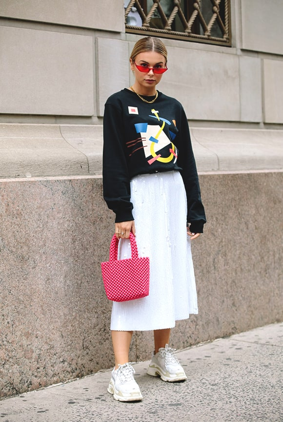 White Sneaker Long White Skirt Outfit Nyfw Sprinf 2019